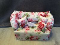 Deko-Sofa ,Kosmetikbox Sofa ,Taschentücherbox Sofa - Rosen und original Kissen