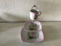 Etagere Vintage aus Oma ´s schönem Geschirr handmade neugestaltet - Rosen antik rose