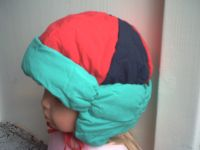 Gr 49 Grün-blau-rote Winter- und Schneemütze