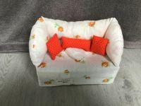 Deko-Sofa ,Kosmetikbox Sofa ,Taschentücherbox Sofa-  Rosen apricot mit orangen Kissen